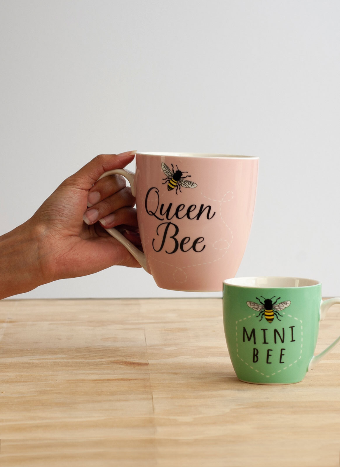 Queen Bee Mini Bee Twin Cup Gift Set Beautifuly Boxed Perfect Gift For Mum Or Nan Mothersday First Mum Baby Or Wife Apidaelane